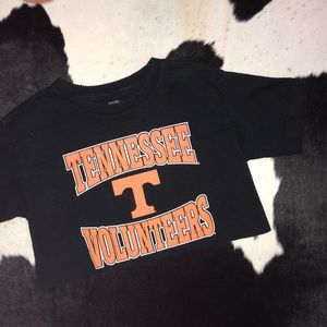 UT Vols graphic t-shirt crop top xs-small fit